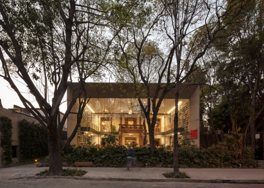 Dezeen_Elena-Garro-Cultural-Centre-by-Fernanda-Canales-and-Arquitectura-911sc_ss_1